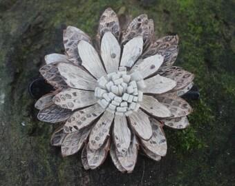 White Flower Hairclip