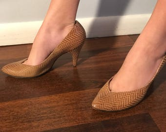 Vintage Snakeskin Leather Shoes 7