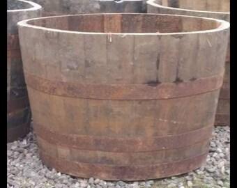 Half whisky barrels/oak tubs