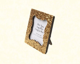 "2.5""x2.5"" Gold Place Card Frame"
