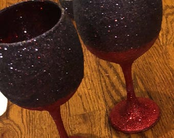 Glittered wine glasses