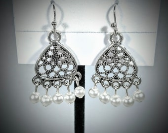 Dangle Earrins with White Beads
