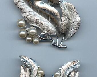 "Sarah Coventry ""Silvery Splendor"" Set-C.1964"