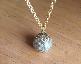 Mini Pearl Iridescent Resin Orb
