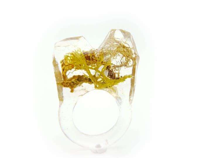 Asymmetrical Faceted Terrarium Ring • Size 6 • Eco Resin Moss Ring • Unusual Art Nature • Faceted Terrarium • Geometric Terrarium Ring