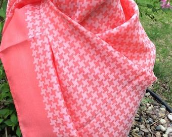 Vintage houndstooth scarf coral pink
