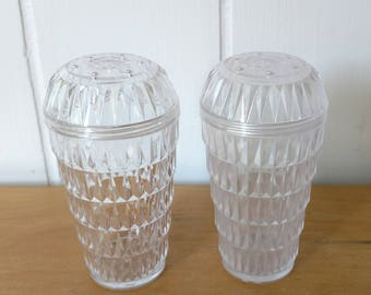 vintage faceted clear plastic salt and pepper shakers