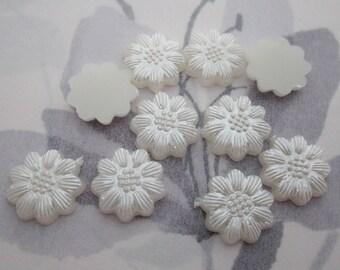 30 pcs. pearlized plastic pearl flower flat back cabochons 13mm - r307