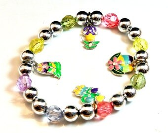 Easter Charm Vintage Bracelet Silver Bead Bracelet Stretch Bracelet Easter Theme Charms Free Shipping in USA