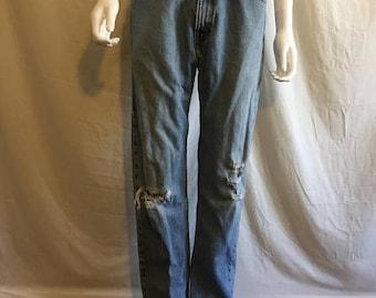 Closing Shop 40%off SALE Levi's 505 Regular Fit Straight Leg Vintage 90s  high waisted Denim Jeans Waist W 31