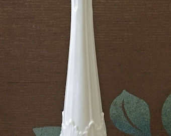 Tall Lenox bud vase with Acanthus leaf pattern - 10-7/8""