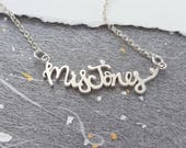 Personalised Silver Name Necklace – Carrie Necklace – Personalised Necklace – Silver Monogram Necklace