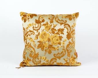 Vintage Fabric Velvet Pillow 18x18, upholstery fabric, designer pillow, 70s pillow, floral mid century decor pillow, handmade by EllaOsix