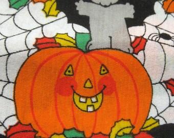 Halloween Print Cotton Fabric Remnant Pumpkins Bats Spider Webs 1/2 Yard