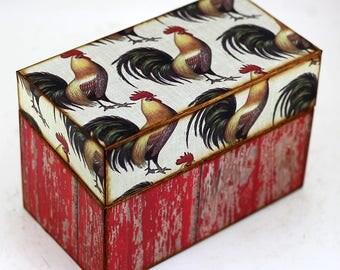 Recipe Box Wood Red Barnwood and Chickens Rustic Farmhouse Fits 4x6 Recipe Cards