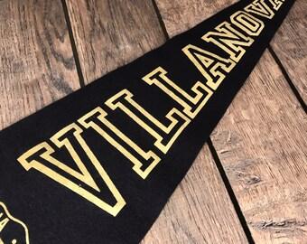 Villanova Pennant - Vintage College - Varsity Sports - Navy Blue