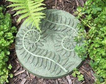 NEW DESIGN Fern Leaf Fiddlehead Stepping Stone (Moss) Ying Yang