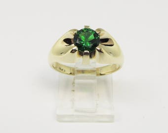 14Kt Gold Men's Ring with Green Stone