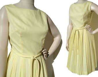 Vintage 60s Dress Summer Pleated Yellow Cotton Sundress M
