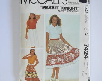 1980s UNCUT Vintage McCall's Sewing Pattern 7424 Womens Full Circular & Semi-Circular Skirt, Knee Length Size 12