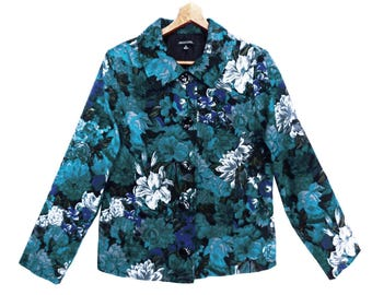 90's vintage FLORAL BLUES jacket // brushed flannel button up jacket // cropped boxy // bold floral jacket // size S M