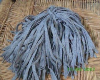 98 Mill Dyed Pendleton Wool Rug Hooking Strips Lt. Gray