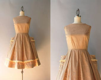1950s Dress / Vintage 50s Beige Cotton and Flax Sundress with Pockets / Early 1960s Dixie Lou Pleated Sleeveless Dress S/M small medium