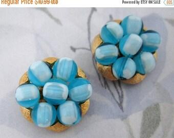 ON SALE- vintage gold tone blue bead cluster earrings - j5199
