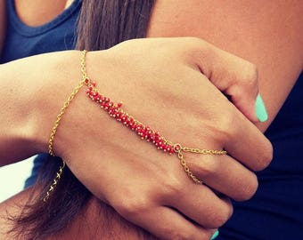 SUMMER SALE LOVMELY Hand Chain. bracelet. slave bracelet. Coral / red turqouise or white