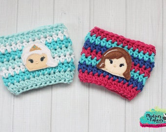 Frozen Coffee Cup Cozy { Anna & Elsa }  frozen princess, tsum tsum inspired, park essential summer, starbucks cup birthday