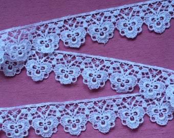 "White Vintage Venice or Venise Lace Trim 1 1/4"" wide x 1 yd (or BTY) Lovely Unusual"