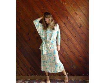 15% Memorial Day Wknd ... Floral Aqua Silk Dolman Maxi Dress - Vintage 70s 80s - S/M Tall