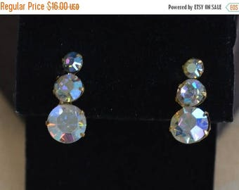 On sale Pretty Vintage Aurora Borealis Rhinestone Clip Earrings, Gold tone (AL4)