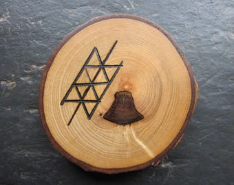 Natural Wood Altar Talisman - English Ash - Double-Sided Pentacle/Glory Twig.
