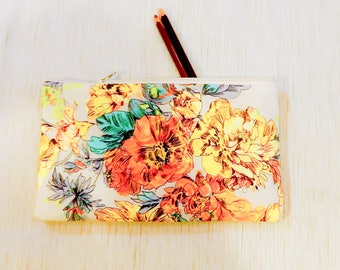 Make Up Bag/ Floral Pencil Case/ Gift for Her/ Christmas Gift for Women/ Bridesmaid Gift/ BFF Gift/ Gift for Mom/ Wife Gift/ Coworker Gift