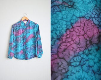 Size S/M // PSYCHEDELIC SILK SHIRT // Turquoise & Purple - Abstract Pattern - Reptilian - Long Sleeve Button-Up Shirt - Vintage '80s.