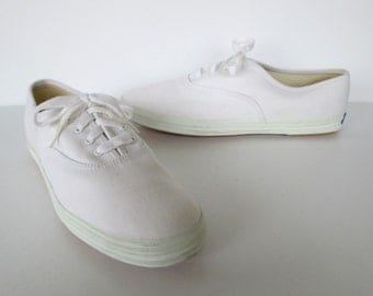 White Keds Old School Tennis Shoes Sneakers  9.5