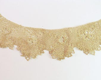 Antique Crochet / Tatted Lace Collar vintage handmade lace collar