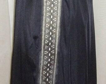 ON SALE Vintage Kayser Nylon Half Slip Womens Medium Black Lace