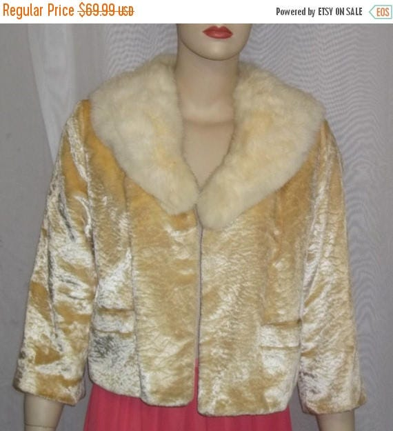 SUMMER SALE Vintage Rabbit Fur Collar Jacket BOHO Small