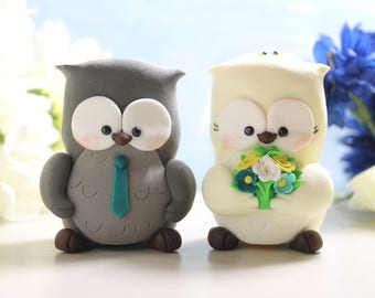 Unique bride and groom figurines Owl wedding cake toppers - personalized elegant rustic country animals turquoise blue yellow teal green