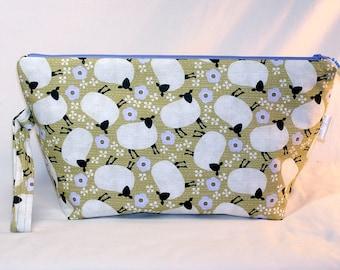 Woolly Sheep Beckett Bag - Premium Fabric