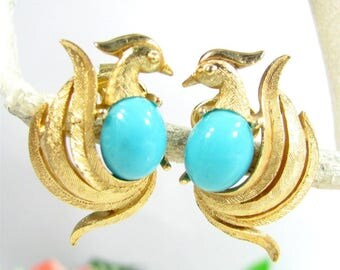 Vintage AVON BIRD Of PARADISE Earrings Gold Tone Blue Cabochon Clip On