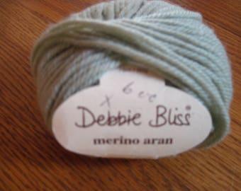 Debbie Bliss Merino Aran Green Color # 3255 100% Merino Wool 1 Skein 50 G Free US Shipping