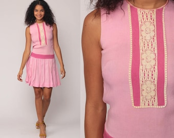 1960s Mod Dress SCOOTER 60s Mini Drop Waist LACE Space Age Shift Pleated Baby Pink Vintage Sleeveless Minidress Twiggy Extra Small xs