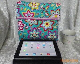 IPAD Sleeve,IPad Cover, IPad Case, Gadget Case Sleeve Retro Flowers