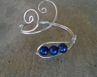 Royal blue bracelet, Royal blue jewelry  - Aluminium wire jewelry - Aluminium wire bracelet, Metal wire bracelet, Cuff bracelet,