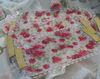 MINT Gorgeous Shabby Chic Roses Scalloped Acrylic Nested Serving Trays - Collectible - Kitchen Decor - Shabby Chic Decor