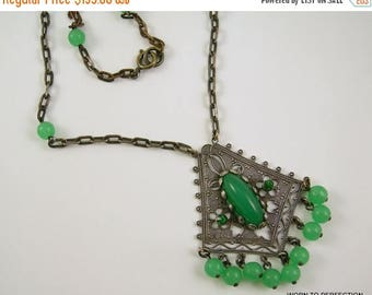 45% off Sale Art Deco Ethnic Style Green Glass Necklace