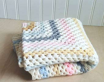 Vintage Hand made crochet baby blanket/granny square blanket